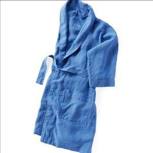 Serena & Lily blue linen Robe